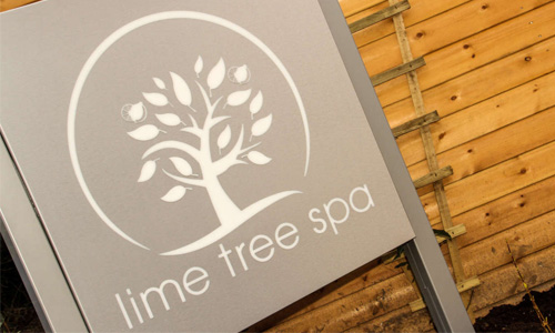 limee-tree-spa-sign